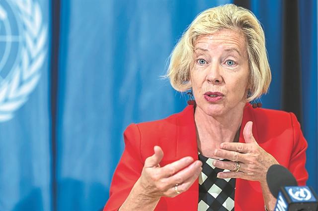 Διευθύντρια EMA : Δεν κάναμε καμία έκπτωση στην ασφάλεια των εμβολίων   tanea.gr