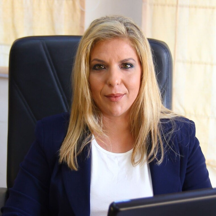 Μαρία Συρυγγέλα : Η νέα υφυπουργός για τη δημογραφική πολιτική και την οικογένεια | tanea.gr