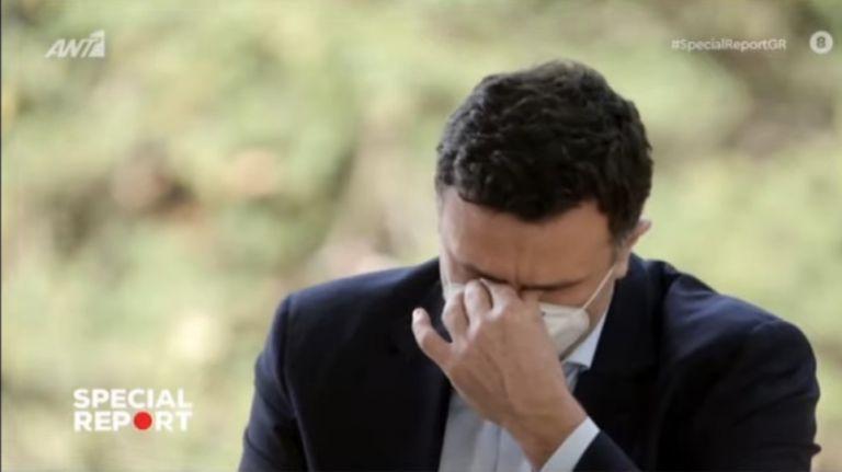 «Λύγισε» on camera ο Κικίλιας μιλώντας για τους υγειονομικούς: «Είναι απλά συγκλονιστικοί» | tanea.gr
