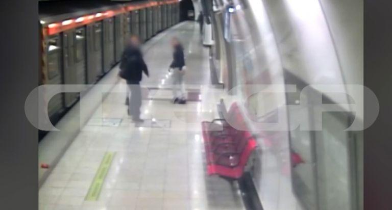Επίθεση στο Μετρό : Τι λέει στο MEGA ο δικηγόρος των δυο ανηλίκων   tanea.gr