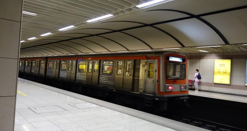 Ξυλοδαρμός σταθμάρχη στο Μετρό: Ποινική δίωξη σε βαθμό κακουργήματος σε βάρος των δύο ανήλικων