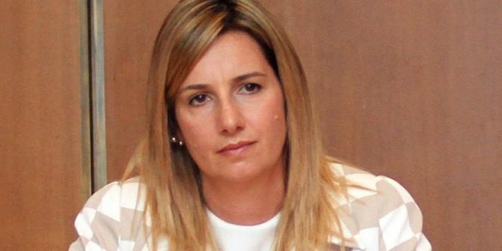 Η συγκλονιστική εξομολόγηση της Σοφίας Μπεκατώρου : Ηθελε να με πείσει ότι δεν ήταν βιασμός   tanea.gr