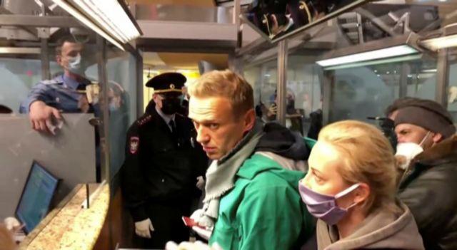 Αλεξέι Ναβάλνι : Αντιδράσεις σε ΗΠΑ και Ευρώπη μετά τη σύλληψη του στη Μόσχα   tanea.gr