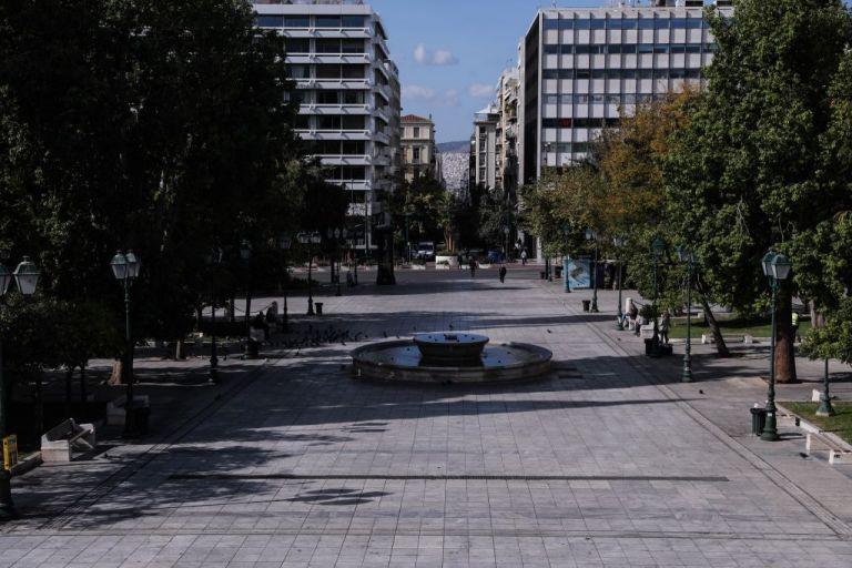 Κοροναϊός : Οι μεταλλάξεις και ο χειμώνας «τρομοκρατούν» τους ειδικούς | tanea.gr