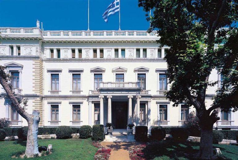 Σε τρεις ομάδες η ορκωμοσία των νέων μελών της κυβέρνησης | tanea.gr