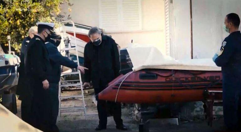 Συνεχίζονται οι έρευνες για το θάνατο του Σήφη Βαλυράκη - Νέα στοιχεία εξετάζουν οι Αρχές | tanea.gr
