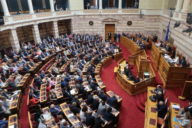 Πυρά από ΣΥΡΙΖΑ και ΚΙΝΑΛ για το σκληρό lockdown : Άλλα λέει ο ένας υπουργός και άλλα ο άλλος | tanea.gr