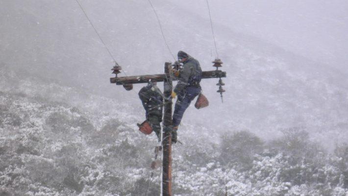 Πρόεδρος τεχνικών ΔΕΗ: Μέχρι το απόγευμα θα αποκατασταθεί το μεγαλύτερο μέρος ζημιών | tanea.gr
