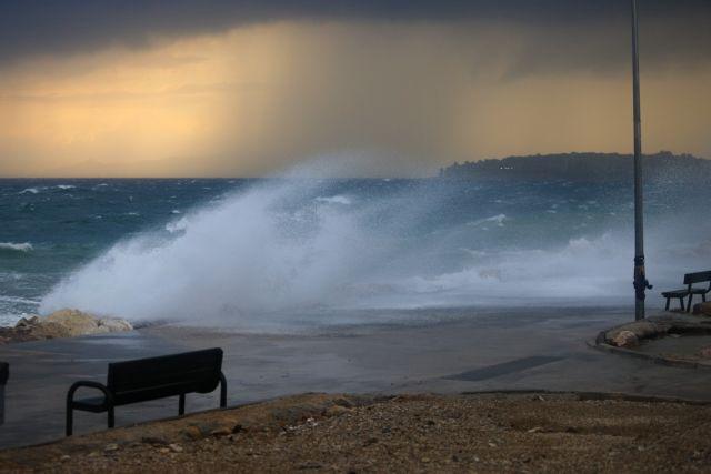 Επιδείνωση του καιρού με καταιγίδες, χαλάζι και θυελλώδεις ανέμους   tanea.gr