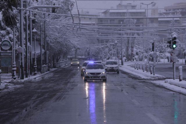 Kωνσταντίνος Ιαβέρης: Χαμηλές ταχύτητες και ειδικός εξοπλισμός για οδηγούς στην κακοκαιρία | tanea.gr