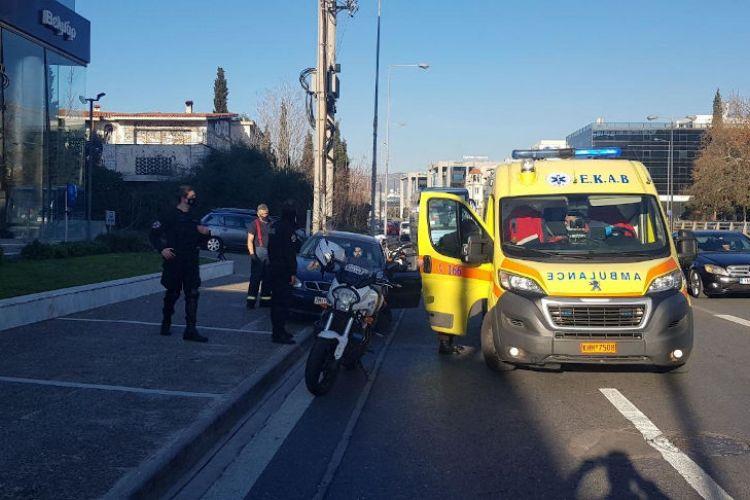 Οι πυροσβέστες που ξεγέννησαν γυναίκα στη λεωφόρο Κηφισίας μιλούν στο MEGA | tanea.gr