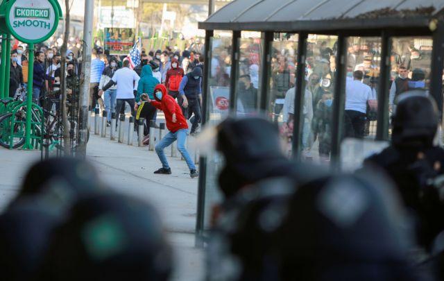 Βόρεια Μακεδονία : Επεισόδια σε συγκέντρωση για την καταδίκη Αλβανών | tanea.gr