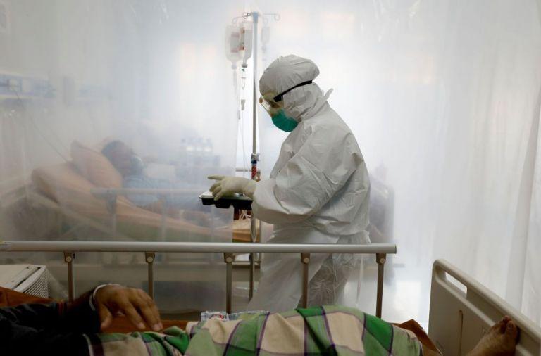 Κοροναϊός : 1.070 νέα κρούσματα και 25 θάνατοι – Στους 249 οι διασωληνωμένοι | tanea.gr