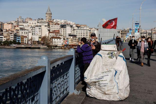Τούρκος δημοσιογράφος για τον κοροναϊό και τα εμβόλια στη γείτονα: «Επιστροφή στον Μεσαίωνα» | tanea.gr