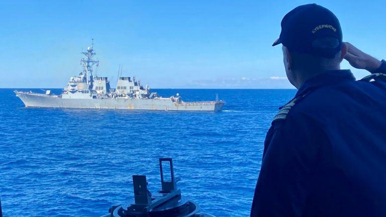 Συνεκπαίδευση των Ενόπλων Δυνάμεων με το αμερικανικό αντιτορπιλικό Arleigh Burke νοτίως της Κρήτης | tanea.gr