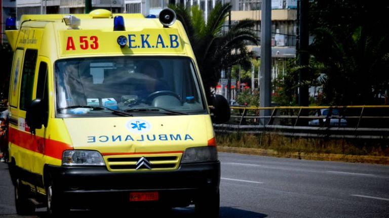 Μαθητής έπεσε από τον τρίτο όροφο σχολείου στη Θεσσαλονίκη– Νοσηλεύεται στην εντατική | tanea.gr