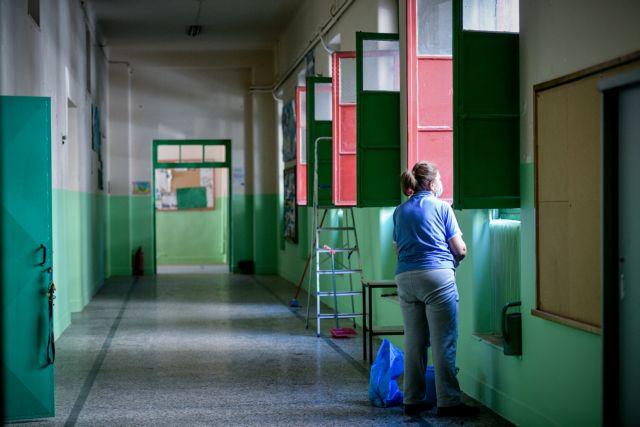 Ανοίγουν σήμερα τα Γυμνάσια σε όλη τη χώρα και τα Λύκεια στις «κίτρινες» περιοχές | tanea.gr