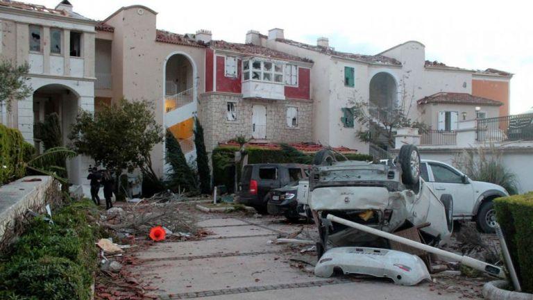 Τουρκία: Ανεμοστρόβιλος σάρωσε επαρχία της Σμύρνης – 16 τραυματίες | tanea.gr