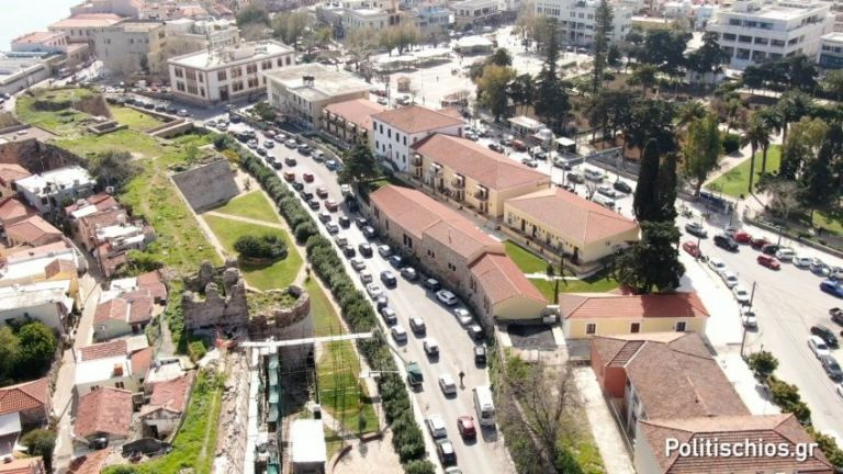 Χίος : Ξανά στους δρόμους οι κάτοικοι του νησιού κατά της νέας προσφυγικής δομής | tanea.gr