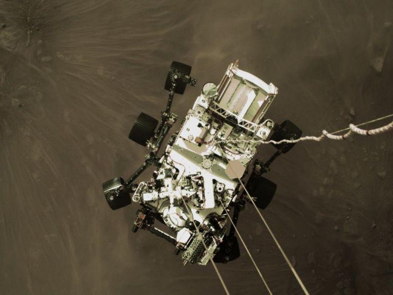 NASA Perseverance : Δείτε το θεαματικό πρώτο βίντεο από τον Άρη | tanea.gr