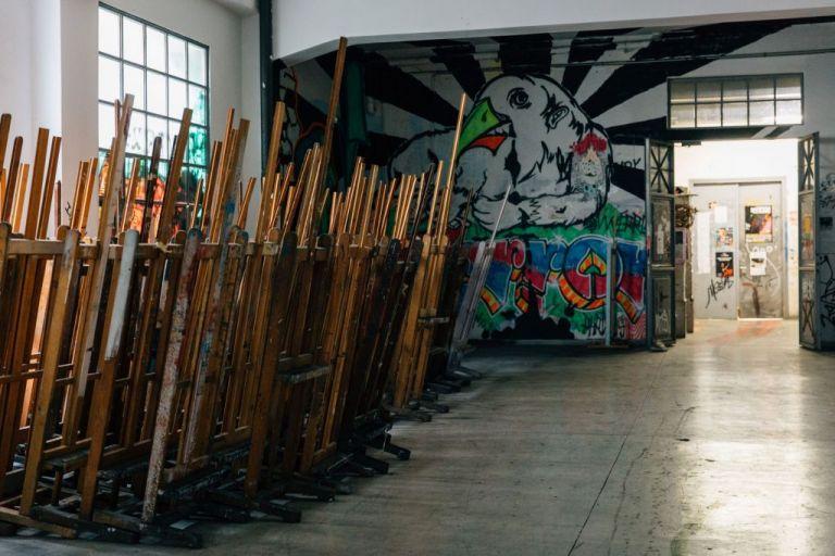 Σχολή Καλών Τεχνών: Φοιτήτριες καταγγέλλουν καθηγητή για σεξουαλική παρενόχληση | tanea.gr