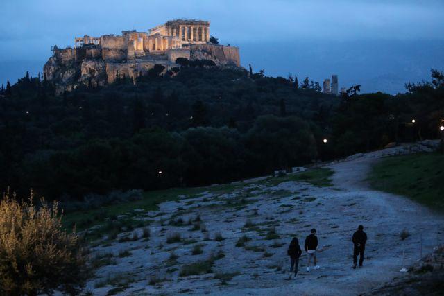Πυρ ομαδόν από την Αντιπολίτευση : Η κυβέρνηση έχει χάσει κάθε έλεγχο και αυτοσχεδιάζει | tanea.gr