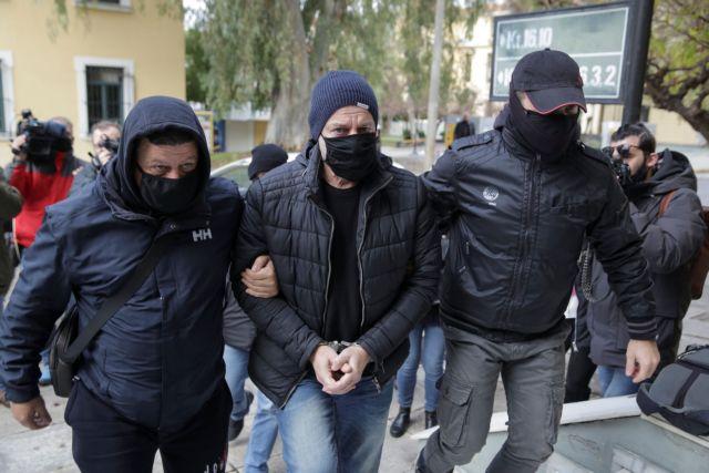 Στην Ευελπίδων ο Λιγνάδης σήμερα για νέα προθεσμία   tanea.gr