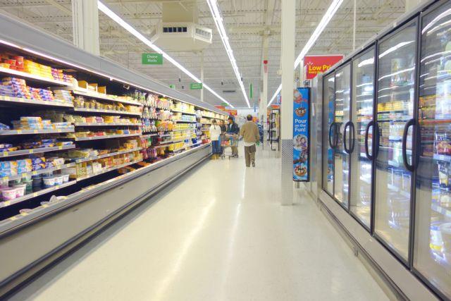 Σουπερμάρκετ – καταστήματα : Τι αλλάζει στις ώρες λειτουργίας τους – Ποιες μέρες θα είναι ανοιχτά | tanea.gr