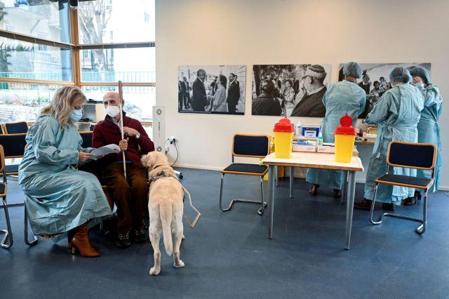 Ο ΠΟΥ προτρέπει την Ευρώπη να επιταχύνει τους εμβολιασμούς - Mόλις το 2,5% του πληθυσμού της έχει κάνει το εμβόλιο | tanea.gr