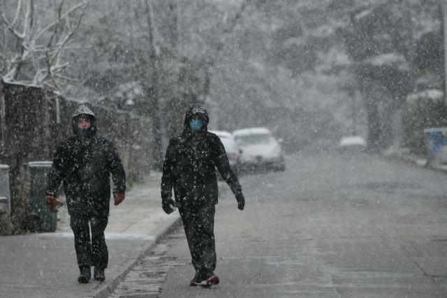 Lockdown στην Αττική: Κλείνουν σχολεία και καταστήματα   tanea.gr