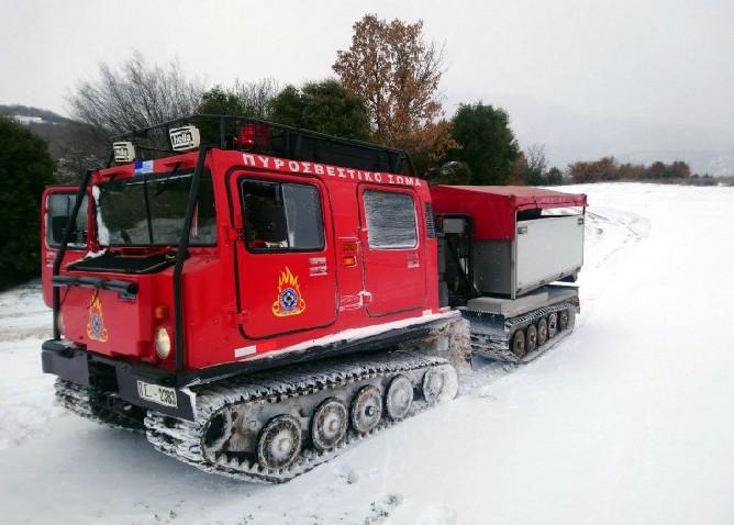 Επιχείρηση απεγκλωβισμού πολιτών από τα χιόνια σε Καστοριά και Δράμα | tanea.gr