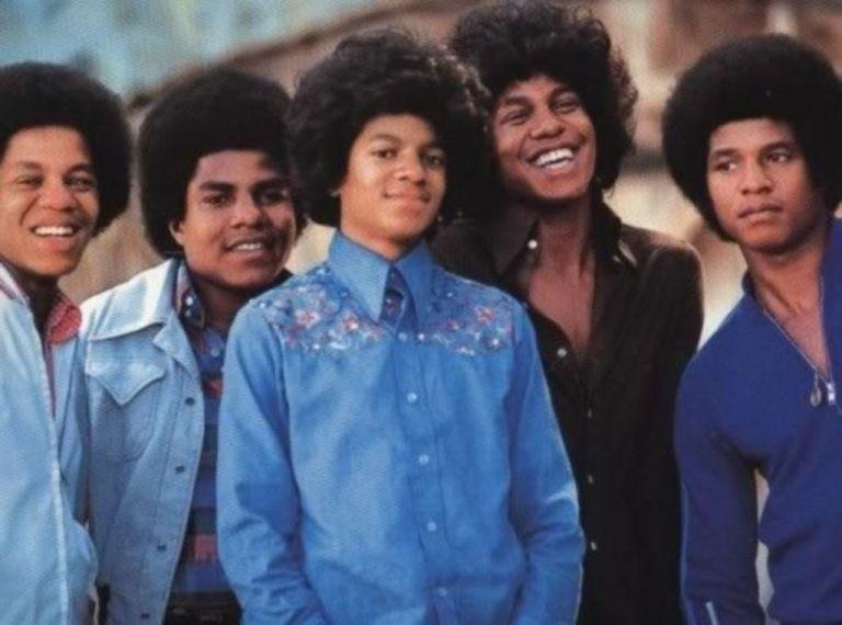 The Jacksons: Επιτυχημένα άλμπουμ τους σε εμπλουτισμένες επανεκδόσεις | tanea.gr