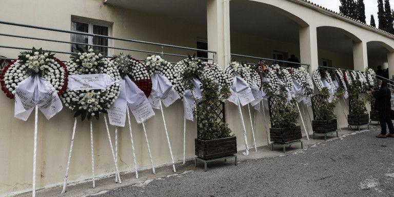 Γιατί αυξήθηκαν κατά 150% τα έξοδα κηδείας | tanea.gr