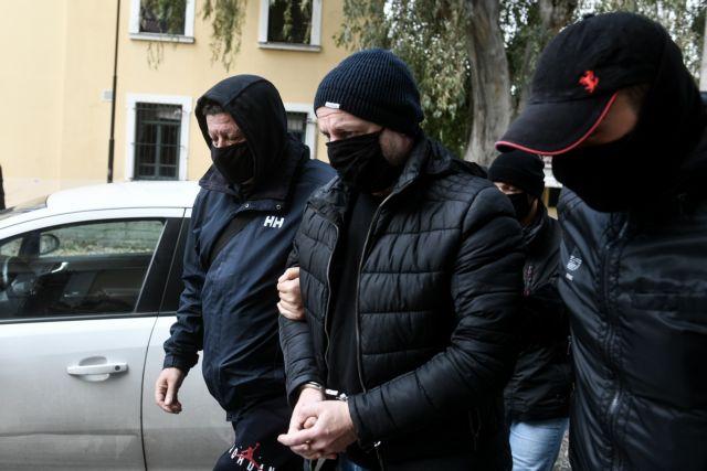 Υπόθεση Λιγνάδη: Καταπέλτης το δικαστικό βούλευμα -Τουλάχιστον 30 έτη προσέγγιζε ανήλικους   tanea.gr