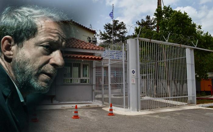 Δημήτρης Λιγνάδης : Το χρονικό της αποκαθήλωσης για τον «έλληνα Επστάϊν» | tanea.gr