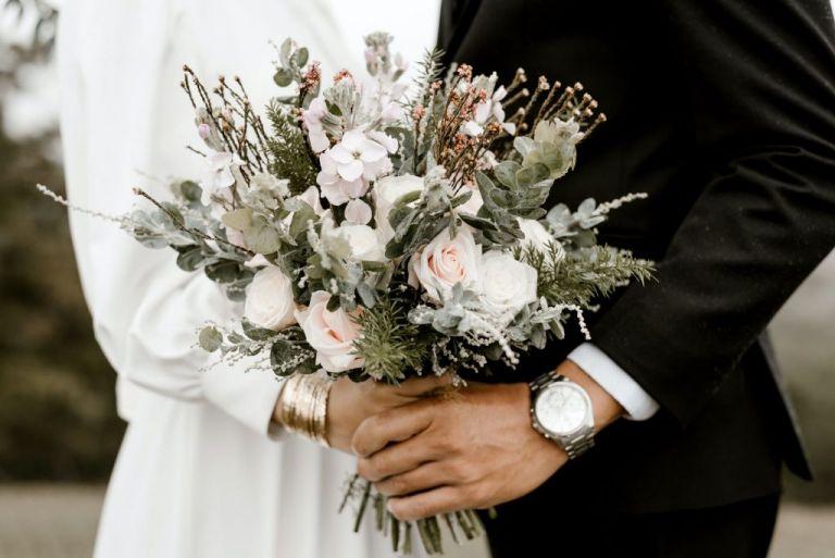 Μαλεσίνα :  Γάμος με εκατοντάδες καλεσμένους οδήγησε στο σκληρό lockdown | tanea.gr
