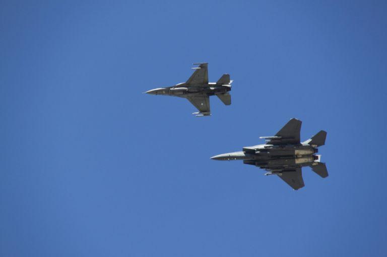 Μπαράζ υπερπτήσεων και σήμερα στο Αιγαίο από τουρκικά F-16 | tanea.gr
