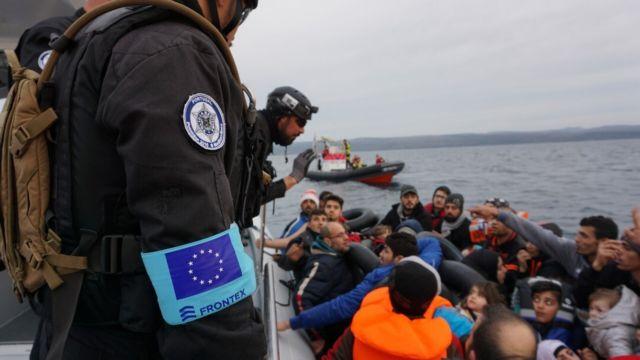 Μεταναστευτικό: Γεμίζουν ξανά οι δομές στην Λέσβο - Αποσυμφόρηση στην Χίο | tanea.gr