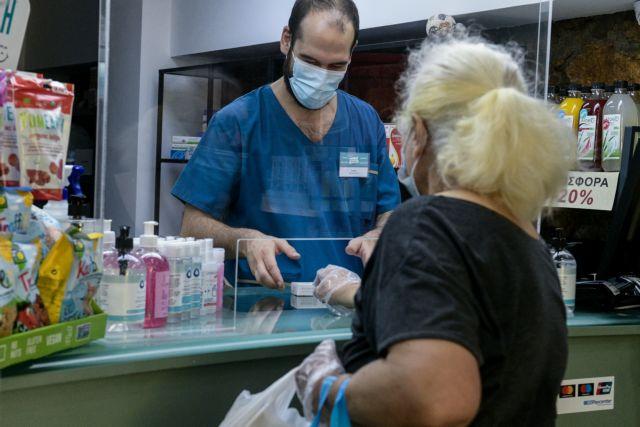 Αρχές Απριλίου τα self test στα φαρμακεία - Τι είπε η Πελώνη και για το άνοιγμα λιανεμπορίου και σχολείων   tanea.gr