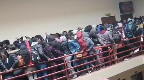Βολιβία : Νεκροί πέντε φοιτητές από φρικτό δυστύχημα σε Πανεπιστήμιο | tanea.gr