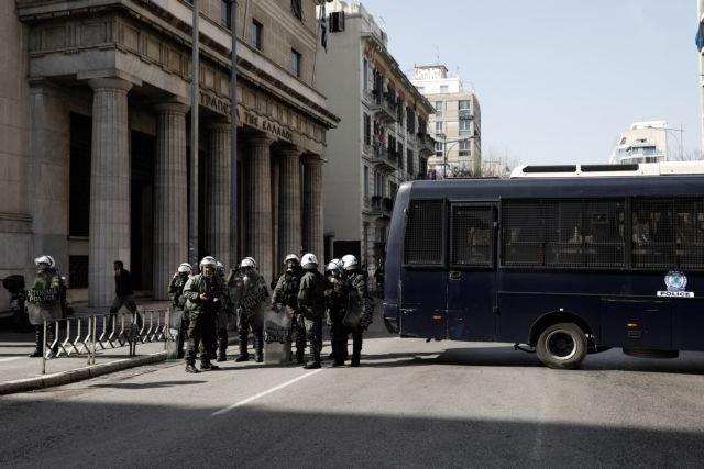 Σε αστυνομικό κλοιό το ΑΠΘ – Πιθανή επέμβαση στην Πρυτανεία   tanea.gr