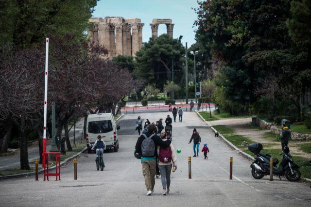 Σπάει όλα τα «κοντέρ» η Αττική με 2.097 κρούσματα | tanea.gr