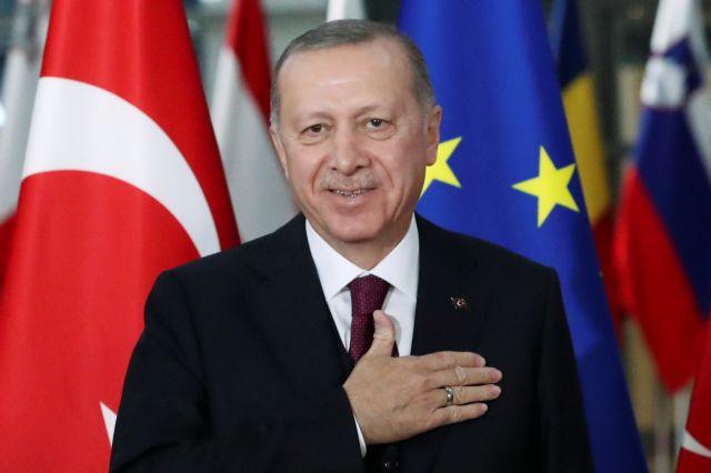 «Ξήλωσε» και τον υποδιοικητή της Κεντρικής Τράπεζας ο Ερντογάν – «Γκρεμίζεται» η τουρκική λίρα | tanea.gr