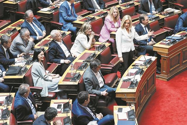 Γιατί τα κόμματα της αντιπολίτευσης μένουν... από ρεύμα | tanea.gr