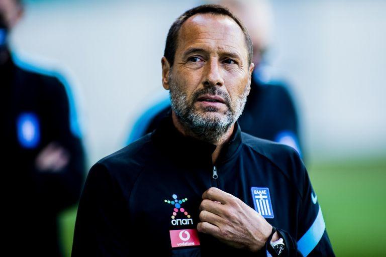 Φαν Σιπ : Ένας από τους ηγέτες μας ο Μπακασέτας – Δεν είναι εύκολο το ματς με τη Γεωργία | tanea.gr