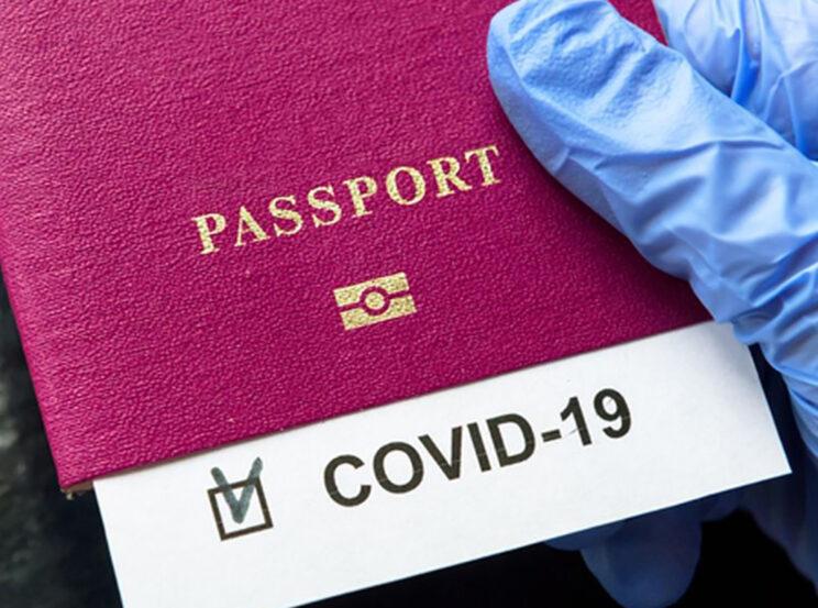 Η Βρετανία εξετάζει την ιδέα των διαβατηρίων εμβολιασμού - Σχεδόν ο μισός πληθυσμός έχει εμβολιαστεί   tanea.gr