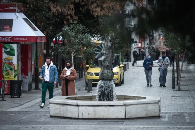Yψηλά τα κρούσματα και τις επόμενες εβδομάδες προειδοποιεί ο Τζανάκης   tanea.gr