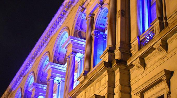 Χώρες του κόσμου τιμούν την Ελληνική Επανάσταση με τη φωταγώγηση κτιρίων | tanea.gr