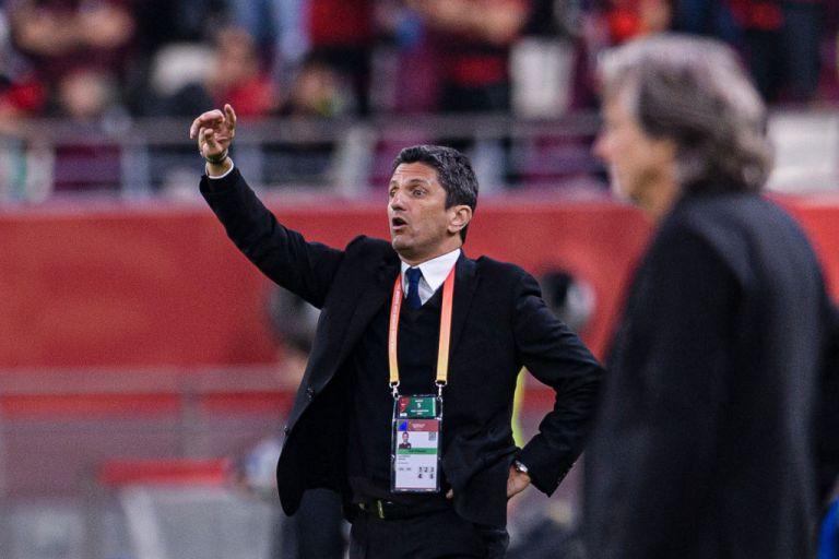 Ποιος παράγοντας πιστεύει πως ο Λουτσέσκου «θα μπορούσε να γίνει προπονητής των Μίλαν και Ίντερ»; | tanea.gr