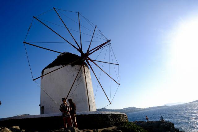 Πρόστιμα - μαμούθ στη Μύκονο για παράνομες οικοδομικές εργασίες | tanea.gr